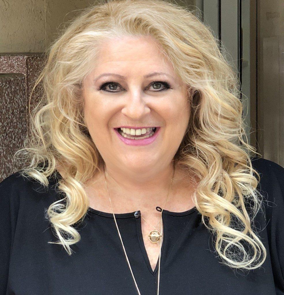 J-AIR Presenter Lily Steiner